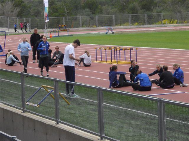 2010-04-08 Equipos extranjeros